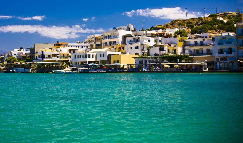 blue-sea-and-port-in-elounda-of-crete