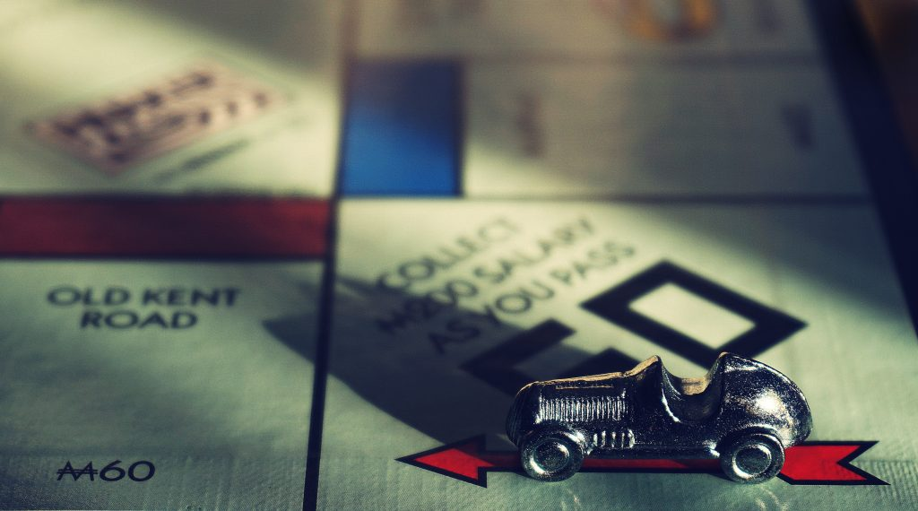 board-game-close-up-game-1249650