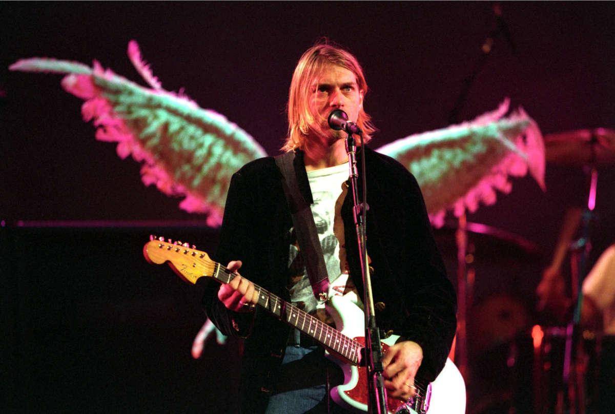 kurt-cobain-wings