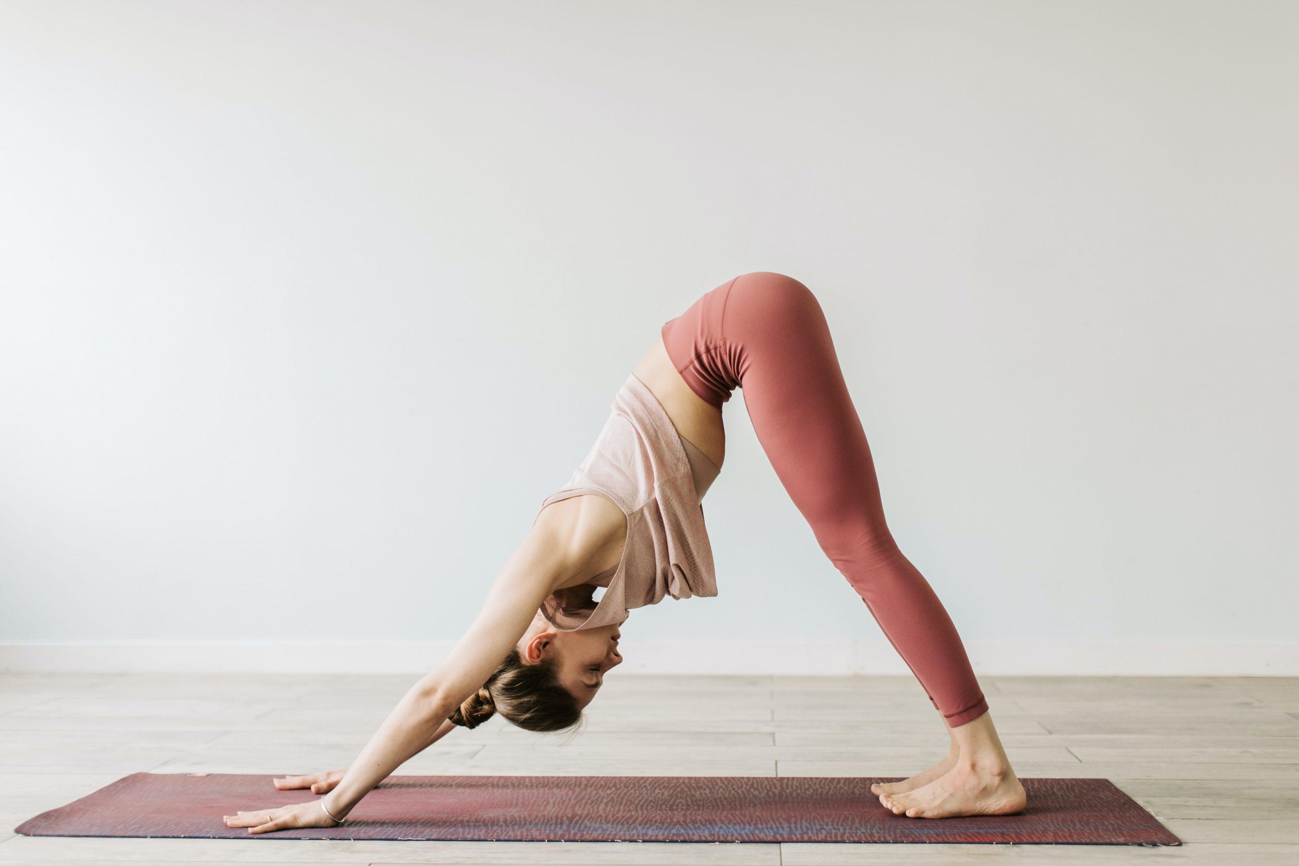 gymnastiki-yoga