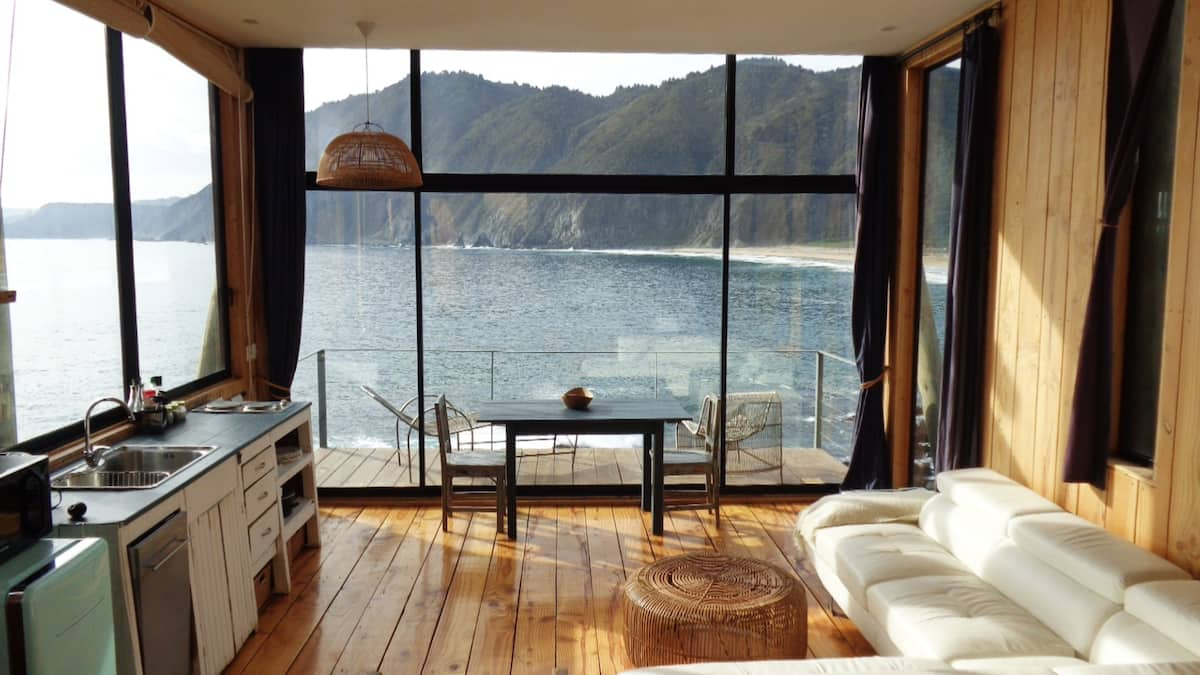 house with view at the sea
