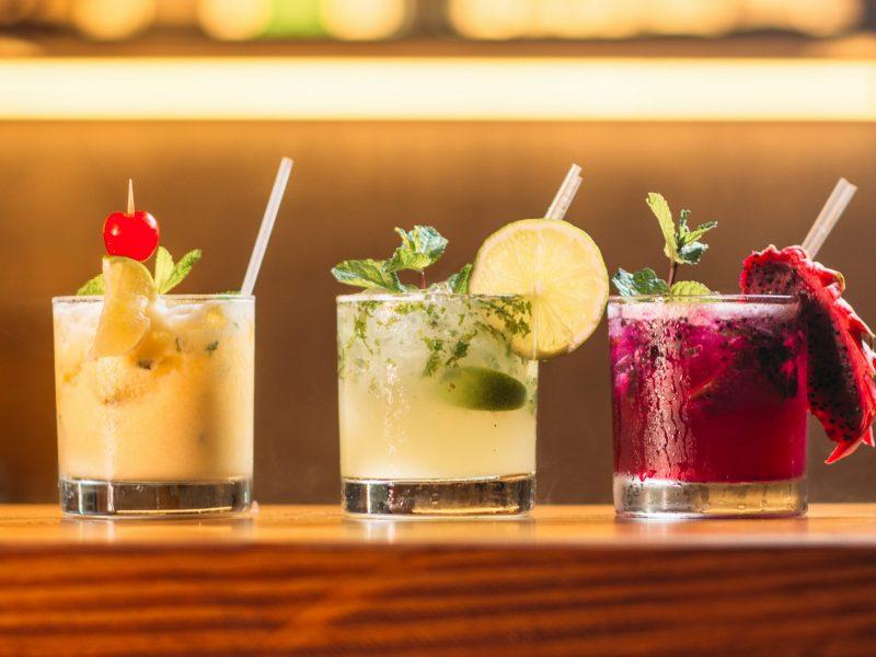 bar-drinks-unsplash