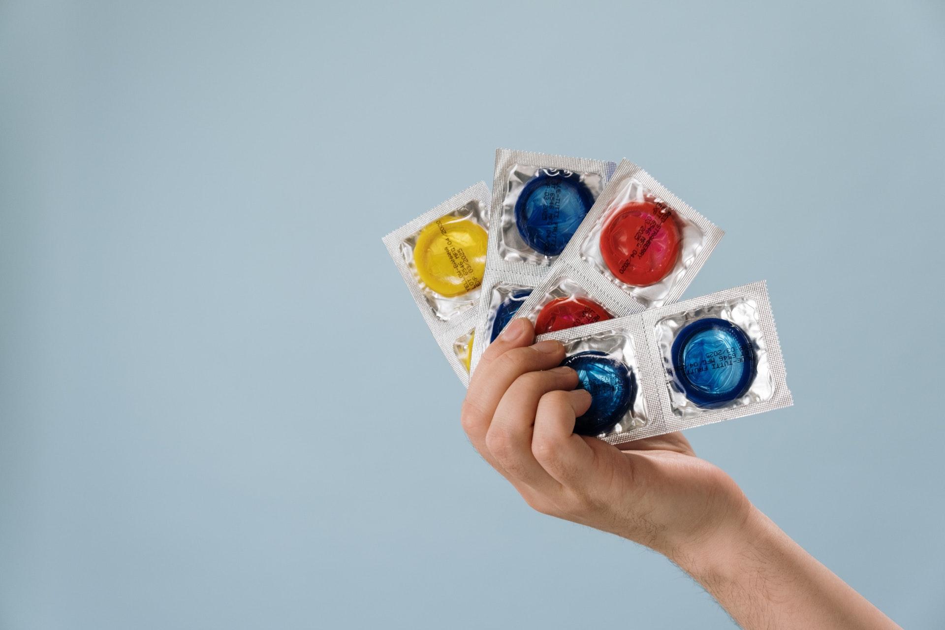 stealthing-condoms